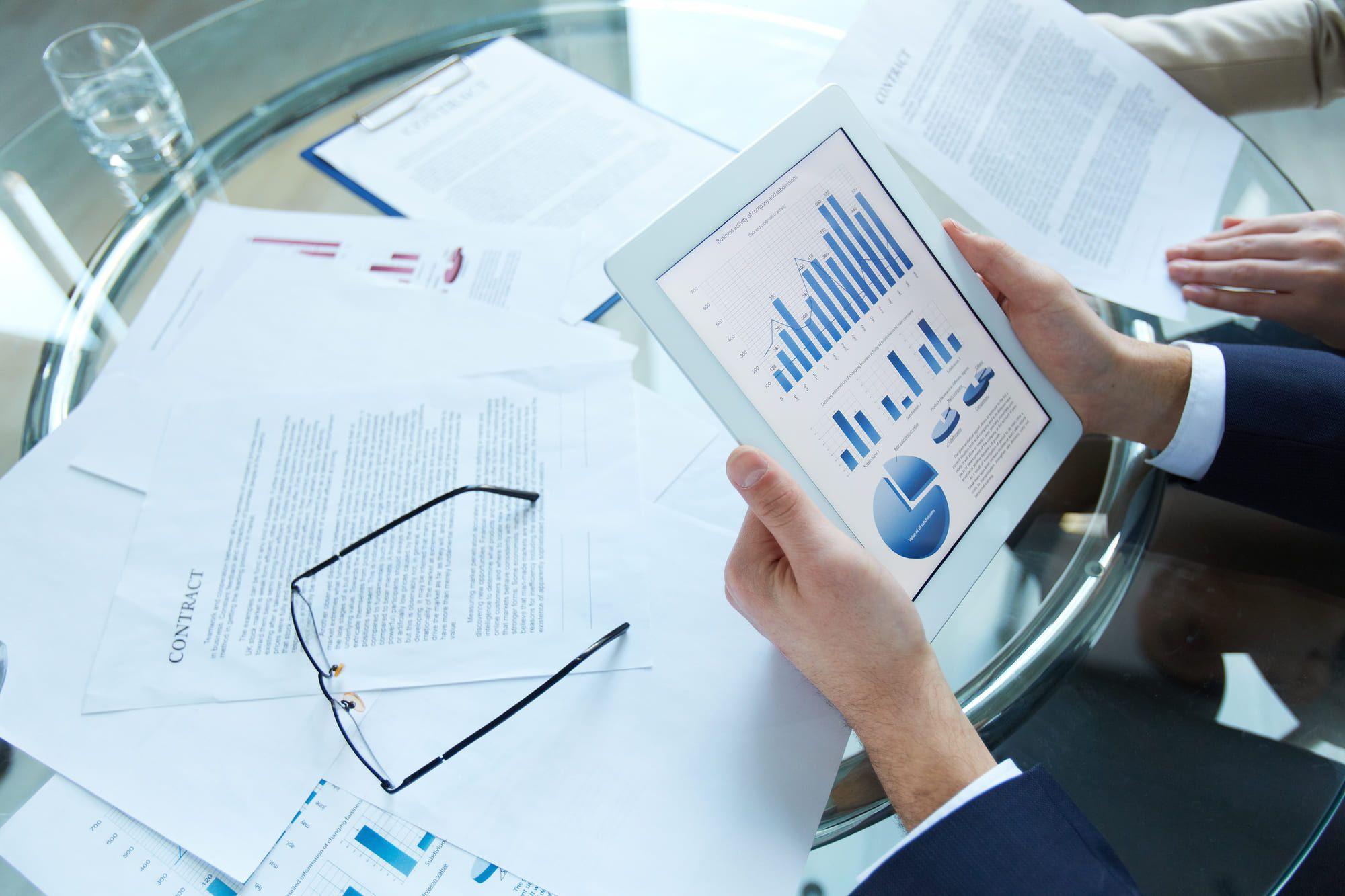 Совет по стандартам финансового учёта США разъясняет взаимодействие между стандартами для финансовых инструментов