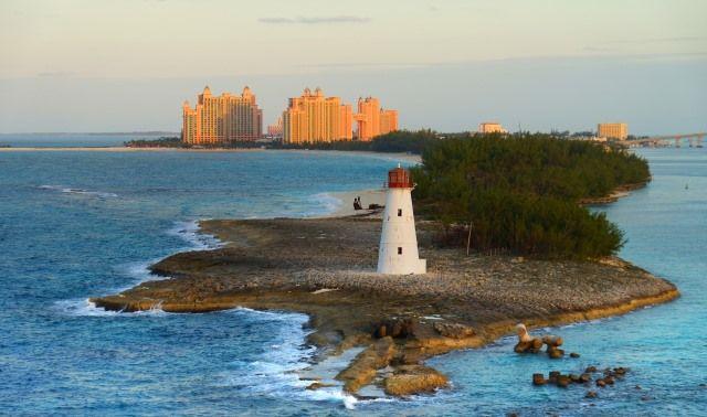 Багамы раздумывают о введении корпоративного налога