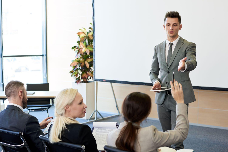 Работник не всегда должен возмещать стоимость обучения при досрочном увольнении