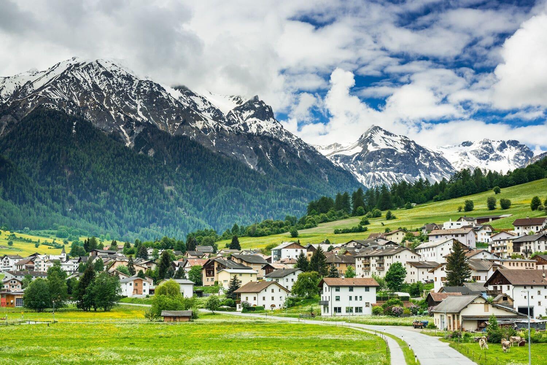 Швейцария больше не предоставляет льготы для холдинговых и смешанных компаний