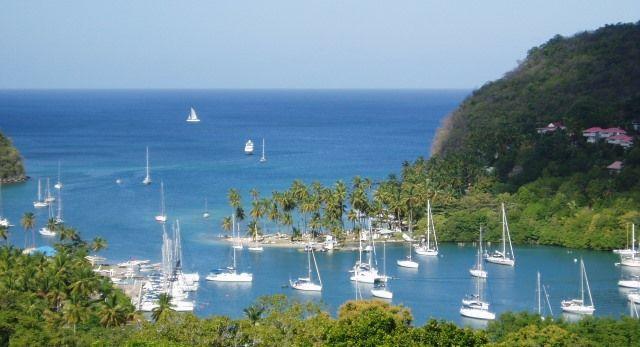 Глава Восточно-карибского ЦБ предлагает странам региона объединить программы «золотых паспортов»