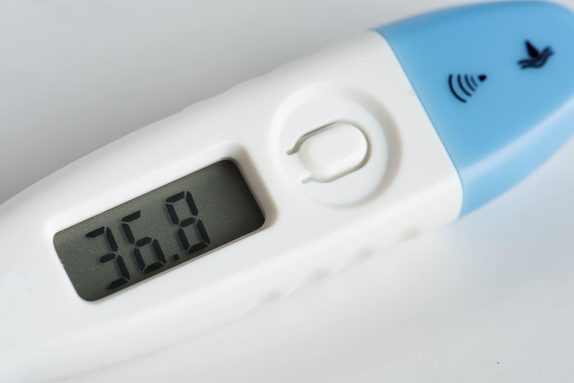 Роскомнадзор разъяснил порядок измерения температуры сотрудников и хранения этих сведений