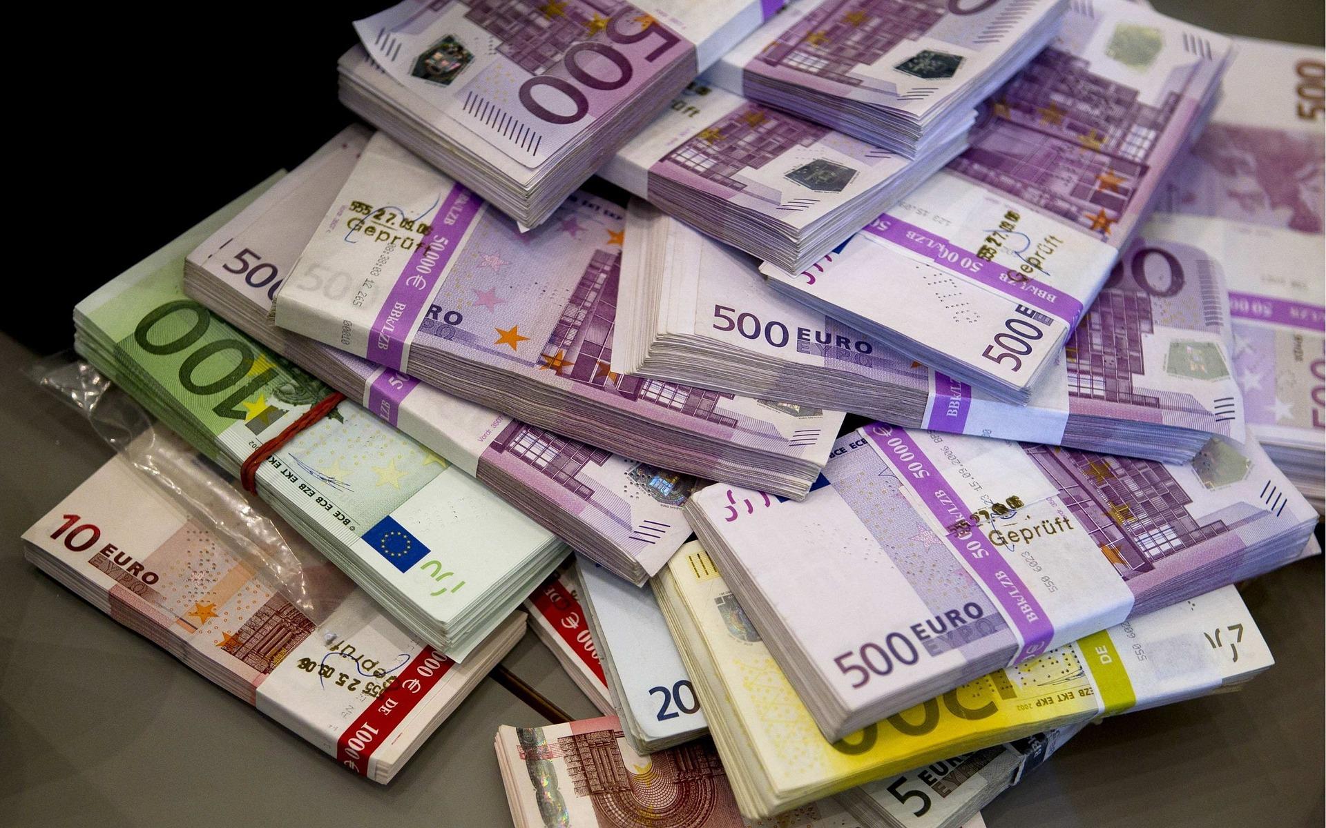 Минфин предлагает ввести конфискацию по валютным статьям