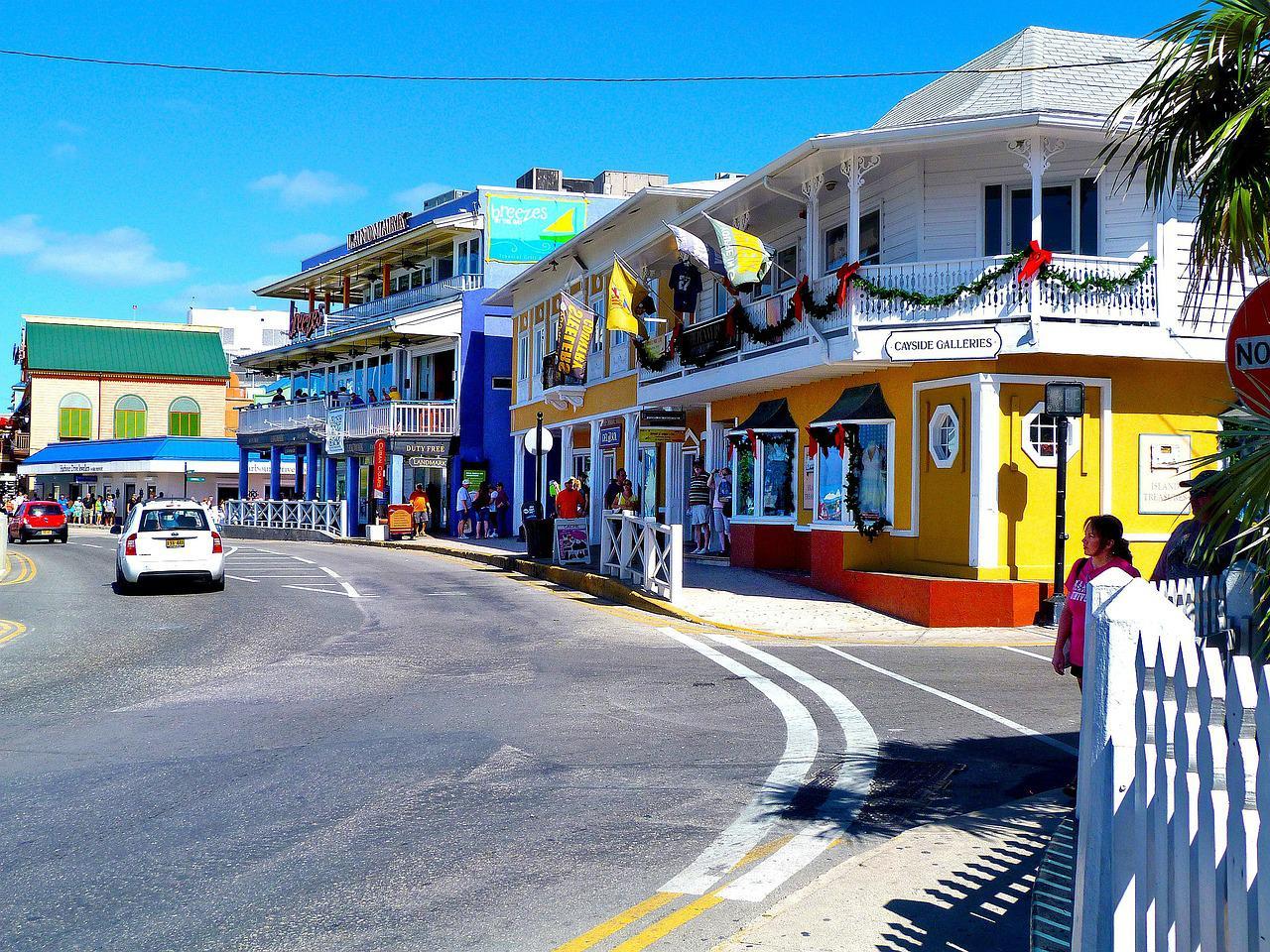 Каймановы Острова продлили сроки подачи ежегодных деклараций и уведомлений об экономическом присутствии