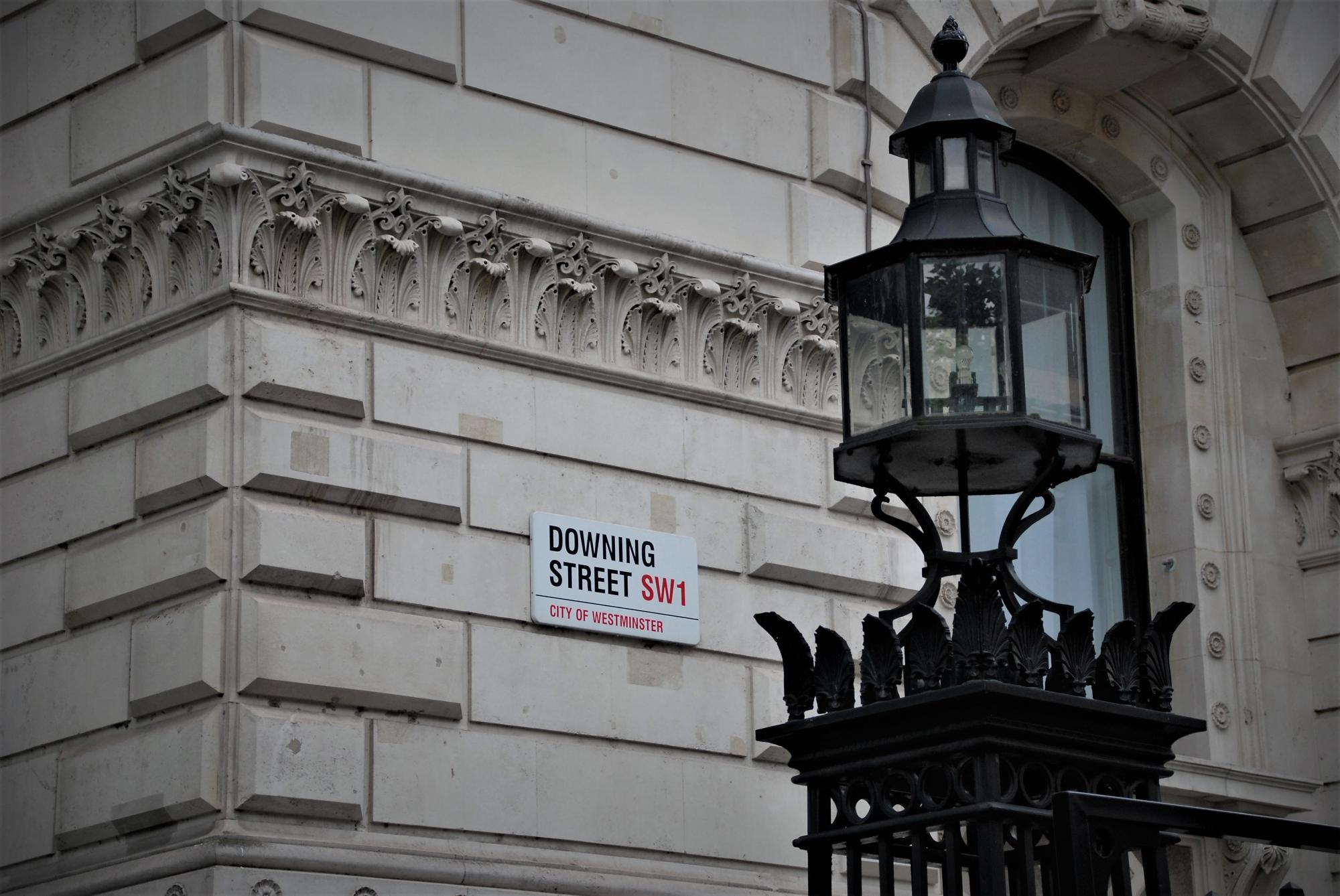 Восемь британских заморских территорий введут открытые реестры бенефициаров к 2023 году