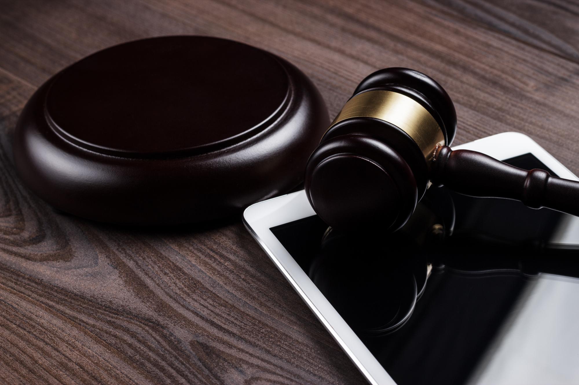 Верховный суд разрешил им взыскивать недоимку не с должника, а с неформально связанной с ним компании