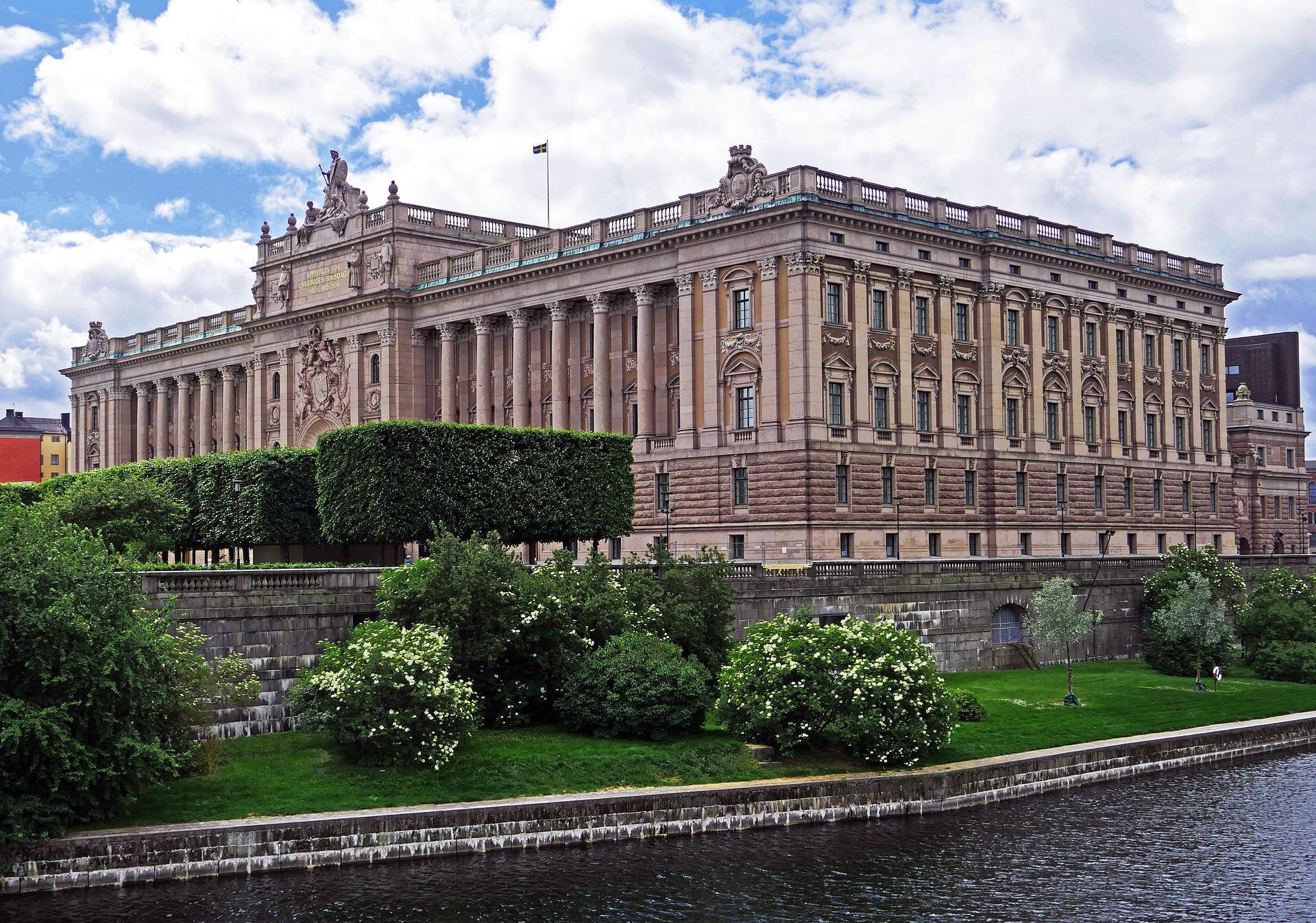 Швеция ограничит вычет процентов для определенных компаний