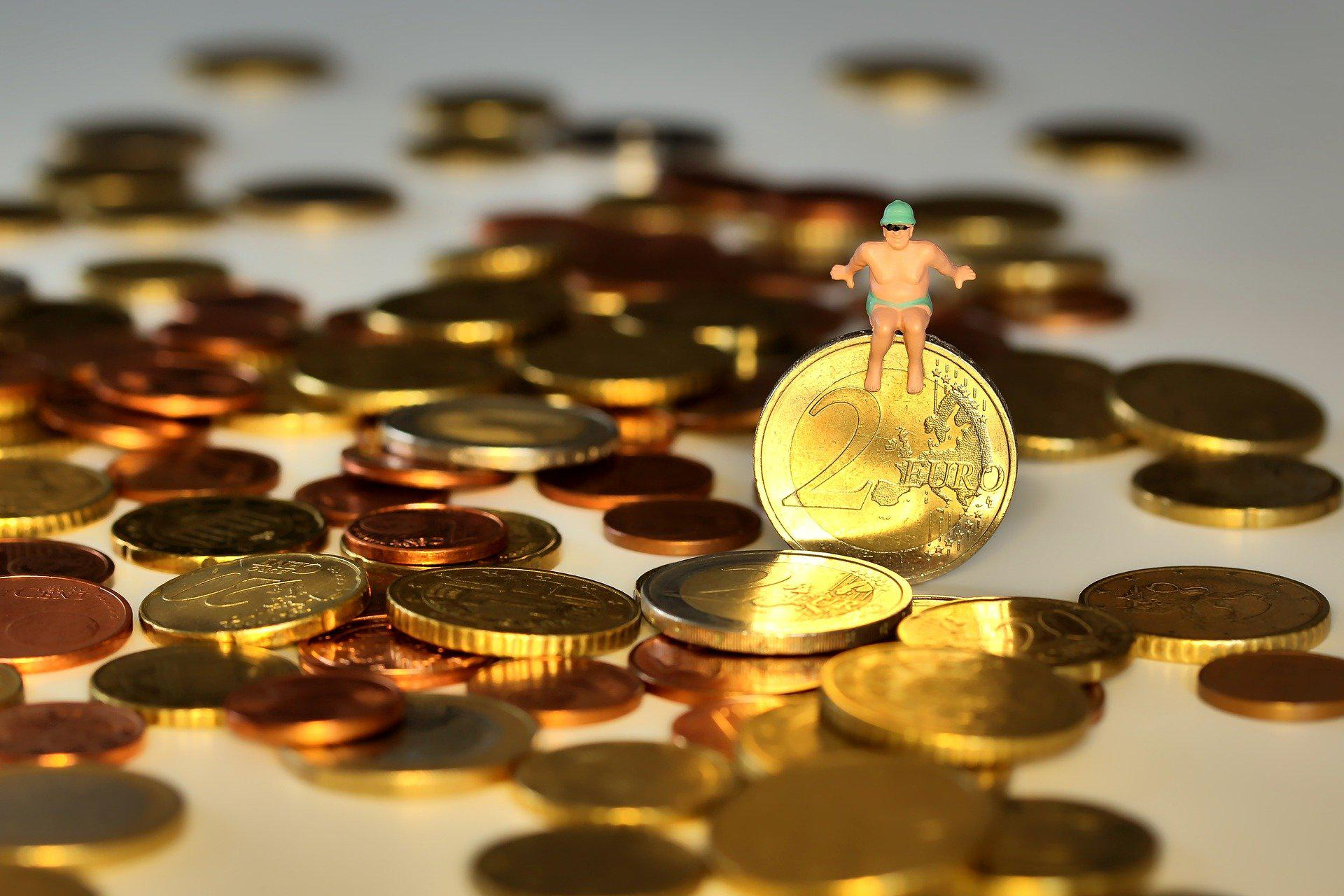 Отпускные – это все-таки зарплата, но не все «зарплатные» нормы на них распространяются