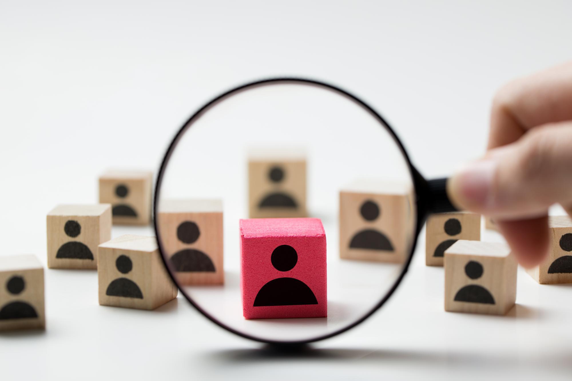 Компаниям помогут правильно оформить на работу иностранных специалистов