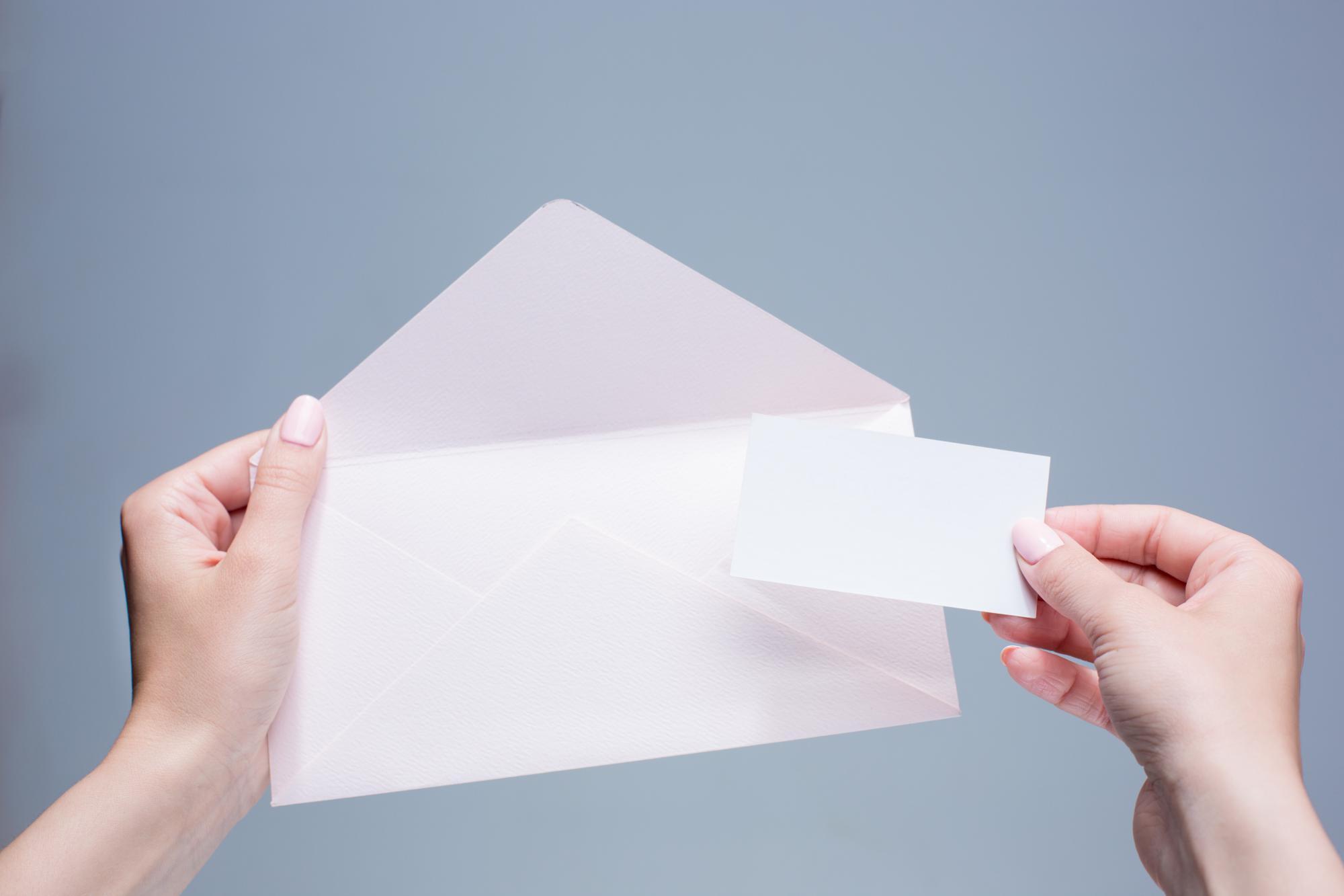 Утверждены рекомендуемые форматы уведомлений об открытии счета в банке за границей