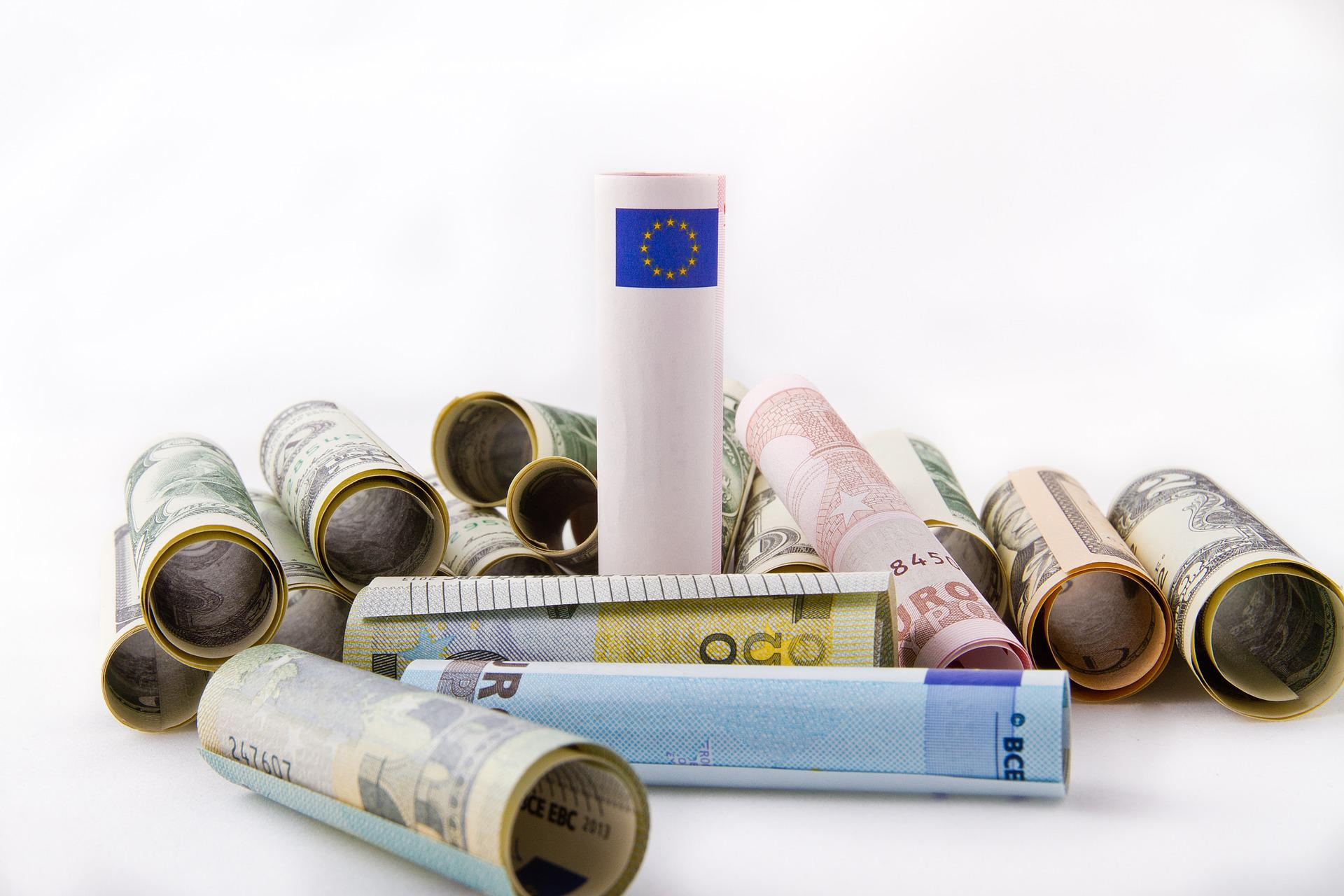 Уточнение перечня валютных операций, осуществляемых с использованием счетов физических лиц — резидентов РФ в иностранных банках