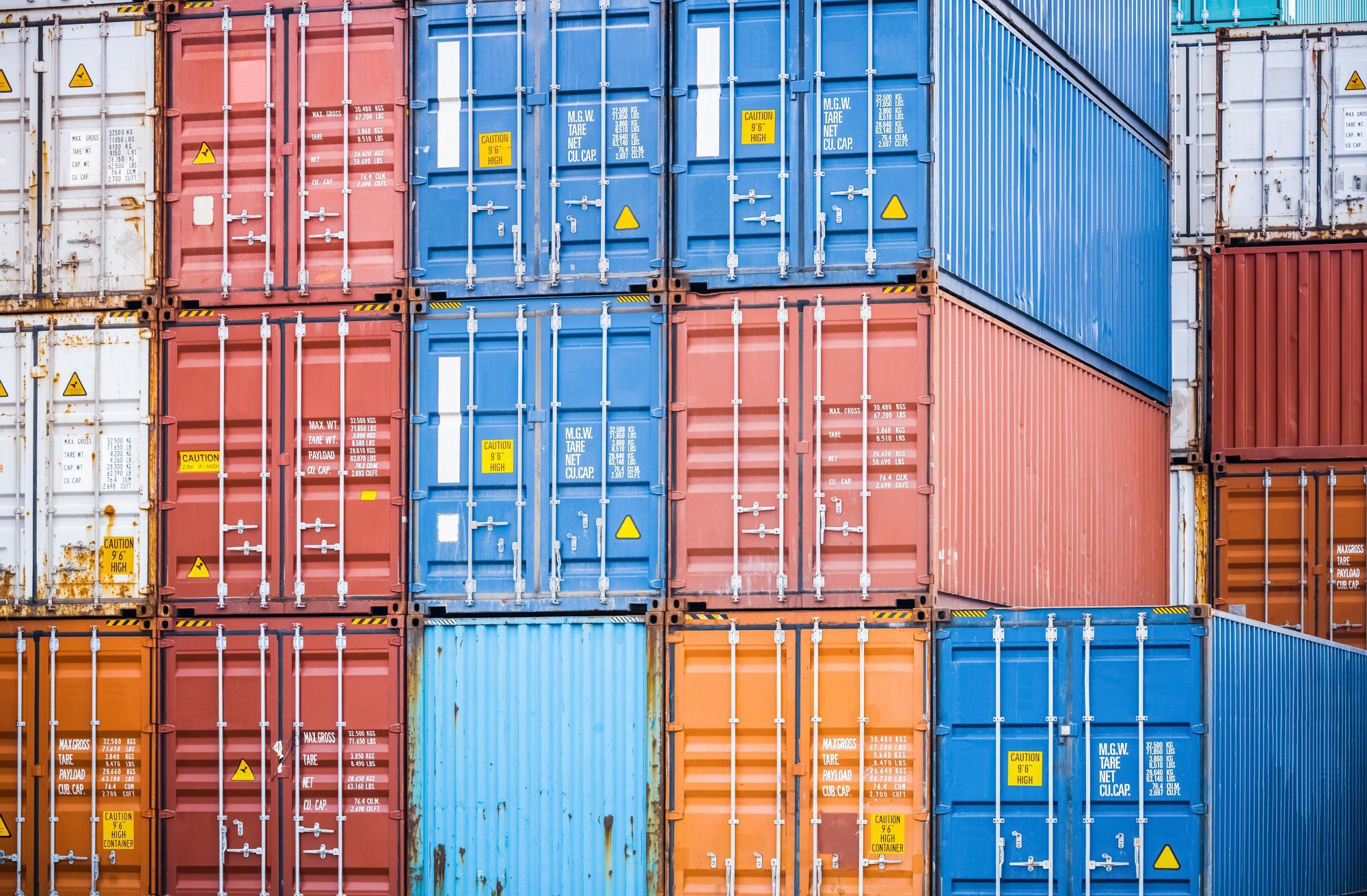 Таможенный союз в семь раз увеличил потолок беспошлинного ввоза товаров