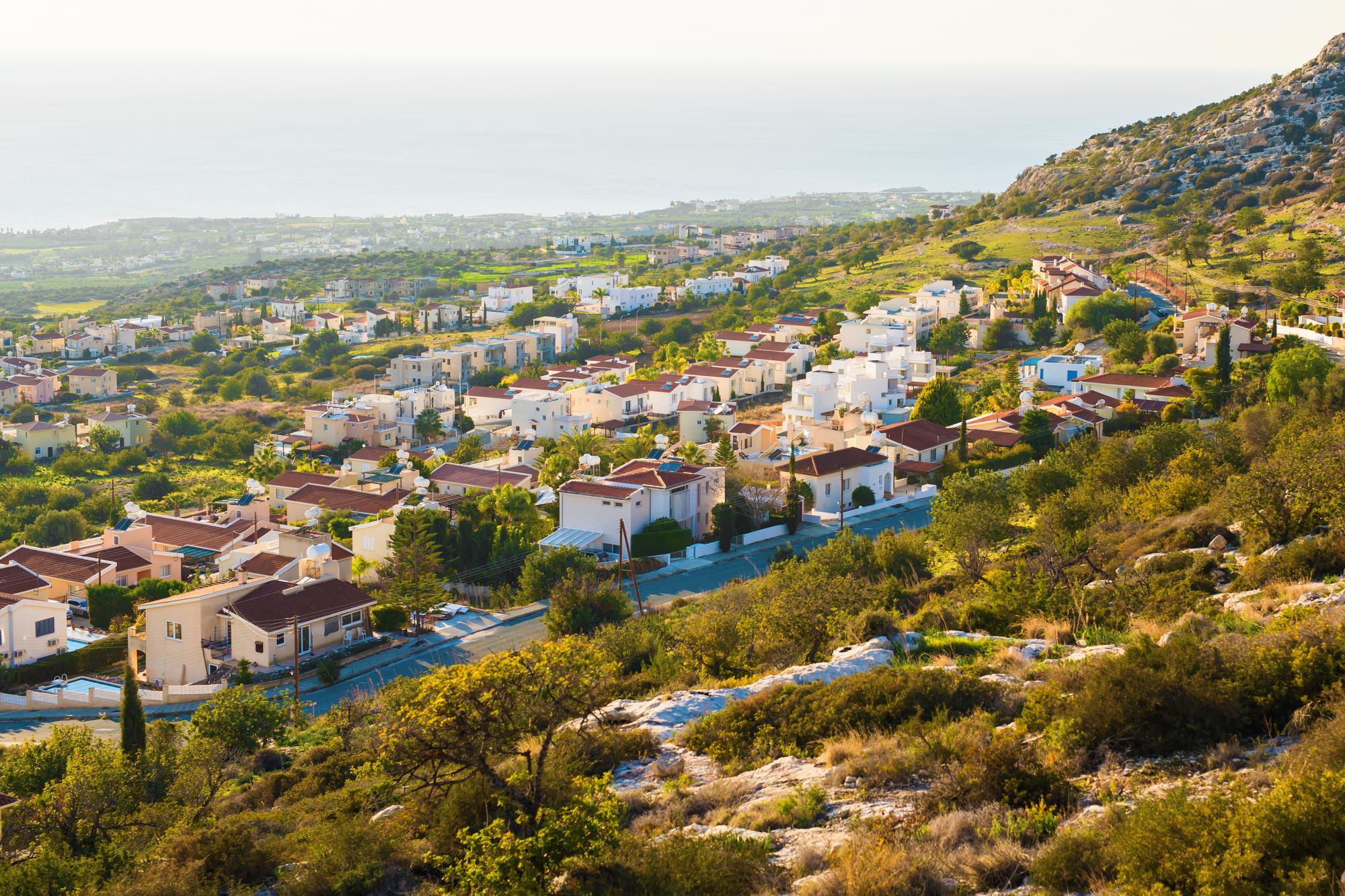 Кипр внес уточнения в руководство по расчету вычета условных процентов