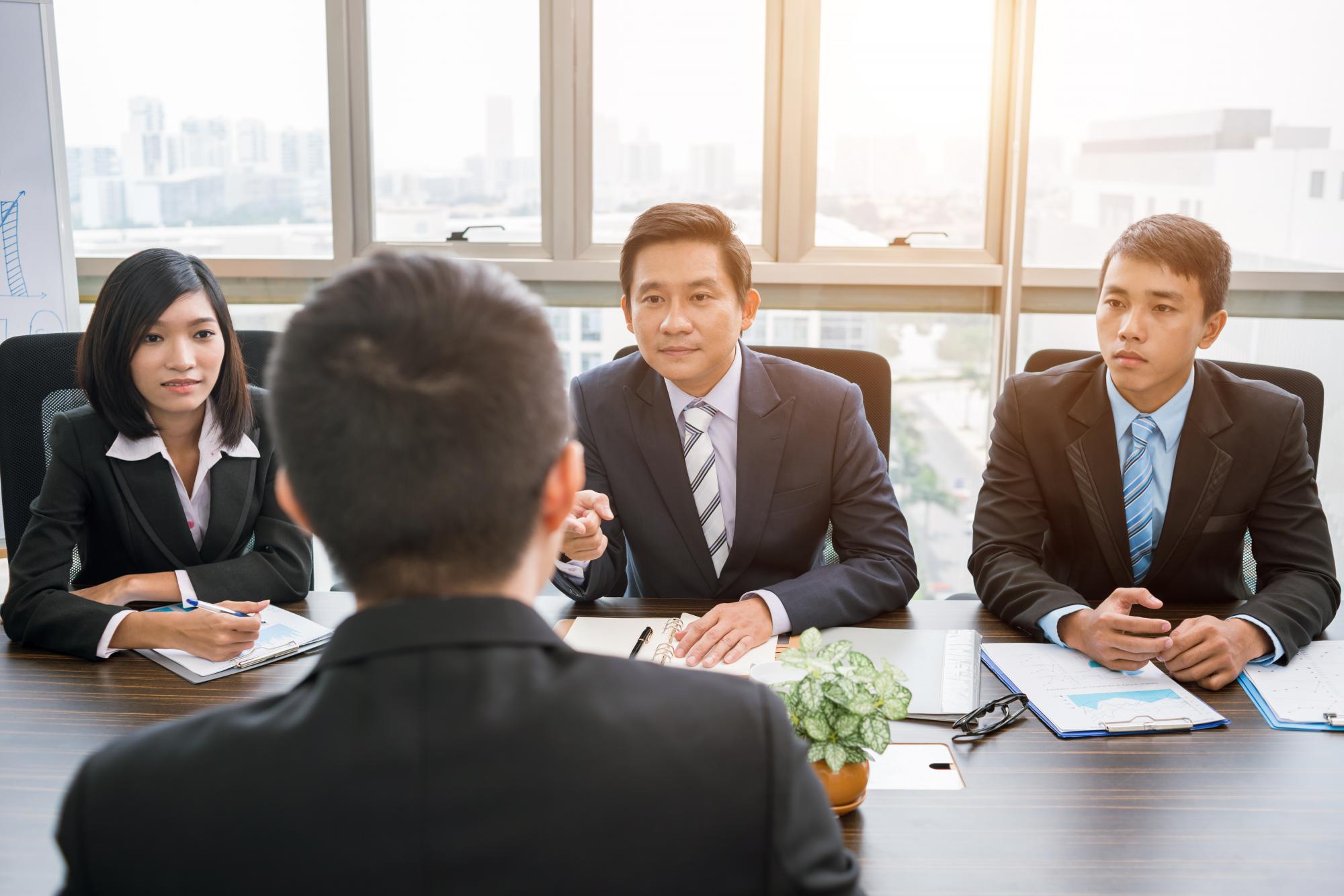 Дочернее общество, филиал, представительство, отделение: критерии выбора для иностранного инвестора
