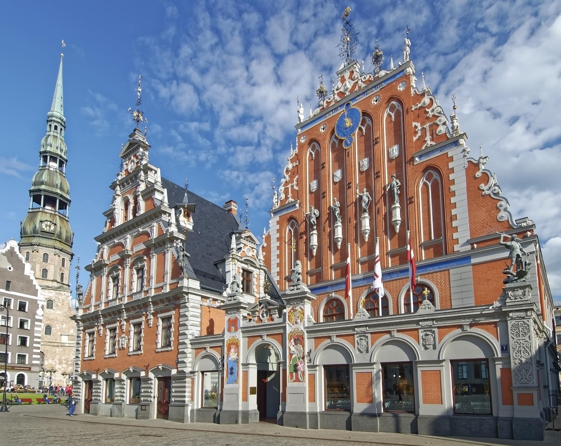 Латвия начинает вводить благоприятный налоговый режим для международных холдинговых организаций