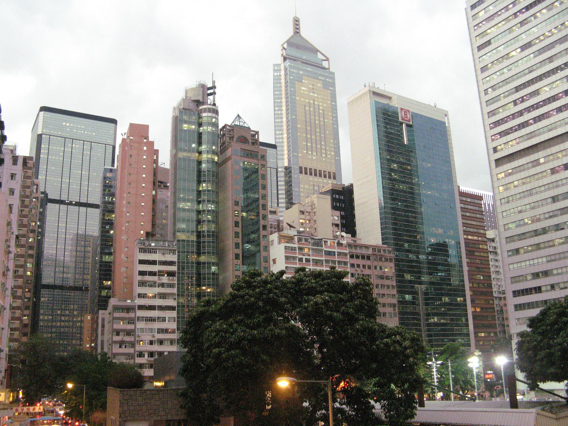 Гонконг вводит гербовый сбор для иностранцев, приобретающих недвижимость
