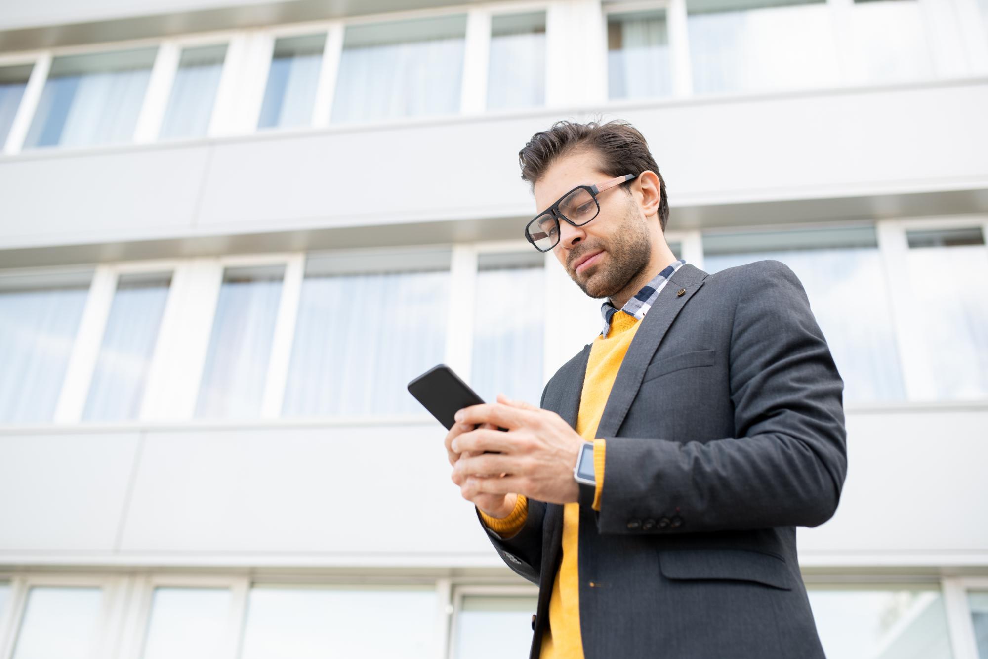 Передача нежилого помещения выходящему участнику ООО может облагаться НДС