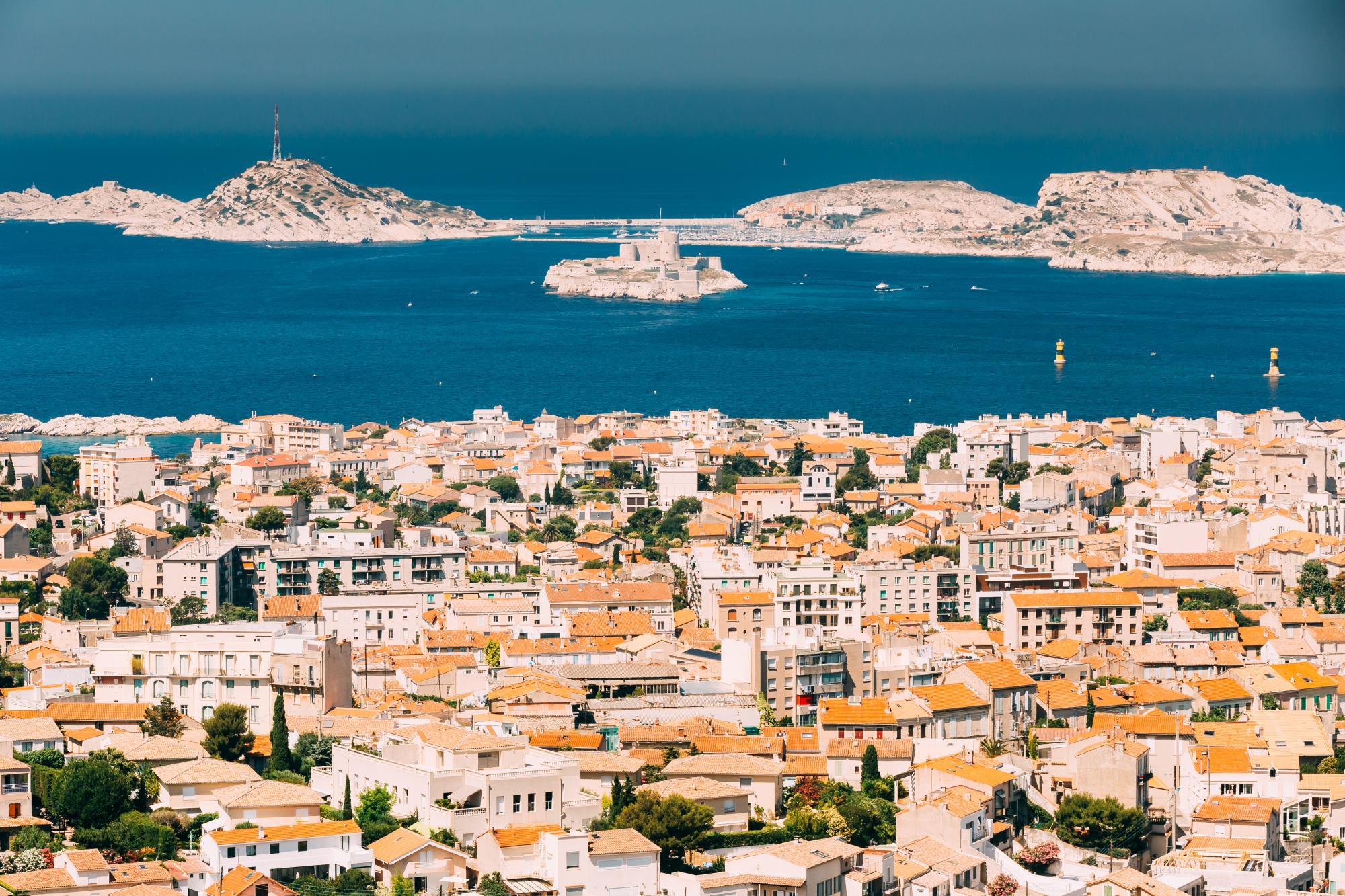 Франция предлагает дополнительные меры по поддержке предприятий