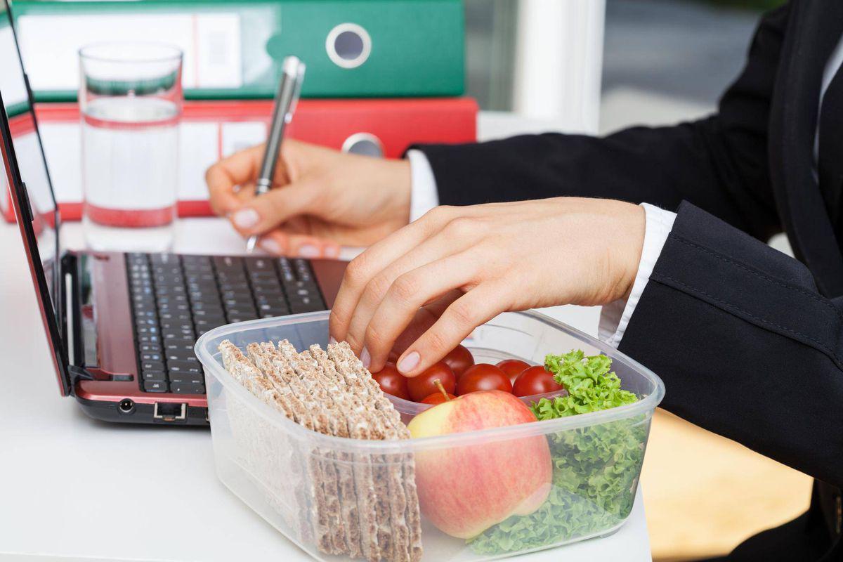 Документ, подтверждающий расходы на питание сотрудников