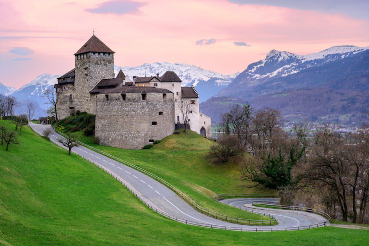 Лихтенштейн закрыл врата налогового рая